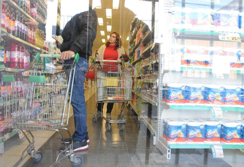 Los artículos de Precios Cuidados se encuentran disponibles en 2.250 supermercados de todo el país. <strong>Foto:</strong> Archivo El Litoral