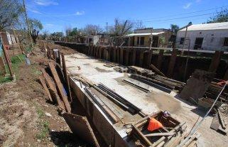 La construcción del desagüe Espora continúa paralizada