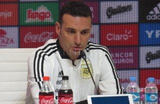 """Scaloni: """"Todos sabemos que yo estoy como entrenador interino, no tengo dudas de eso"""""""
