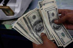 Dólar: cierra la semana con una leve baja
