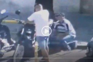 Video: así se robaron una moto en la Recoleta y a plena luz del día