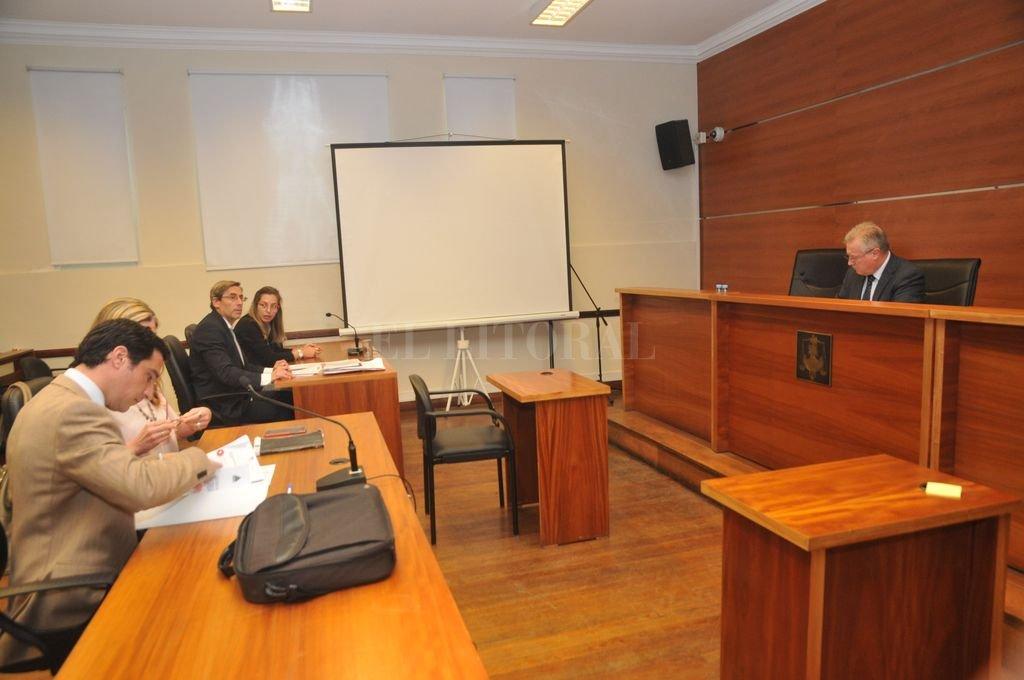 Un momento de la audiencia imputativa, realizada en la mañana de este domingo en los Tribunales.  Crédito: Flavio Raina