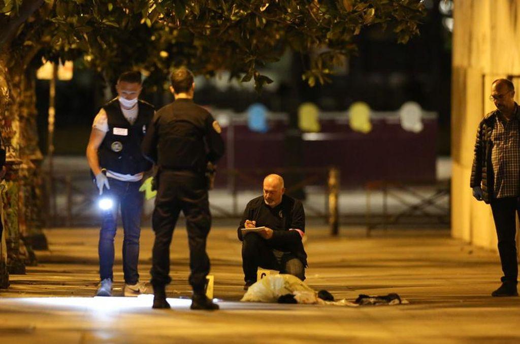 Ataque en París este domingo. Crédito: La Vanguardia.