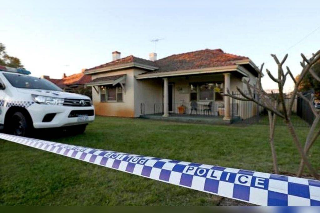 Las autoridades solo aclararon que al menos uno de los cadáveres era de una mujer, mientras que los vecinos confirmaron a la cadena pública australiana que varios niños vivían en la casa. <strong>Foto:</strong> Internet