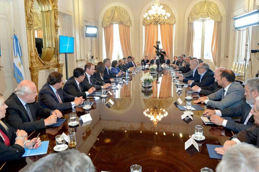 Imagen de 2017, cuando Macri y los gobernadores firmaron el Pacto Fiscal Crédito: Archivo El Litoral