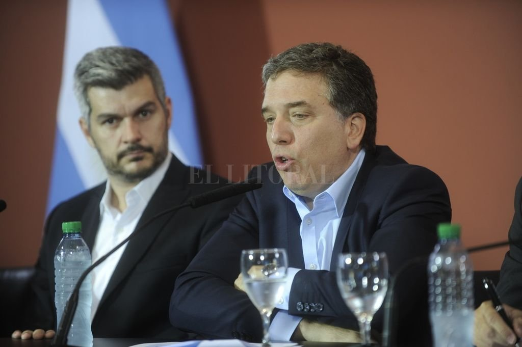 Marcos Peña, jefe de Gabinete de la Nación y Nicolás Dujovne, ministro de Economía. <strong>Foto:</strong> Archivo El Litoral