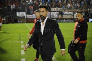 Colón: la necesidad de  no descuidar la Superliga