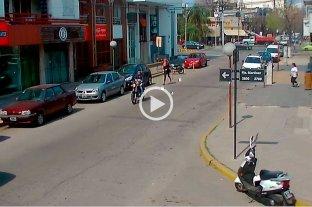 ¡Cuidado!: motochorro ataca a metros de bulevar