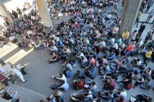 Universitarios cambian los modos de protesta