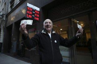 Dólar Hoy: cerró arriba de los $ 40