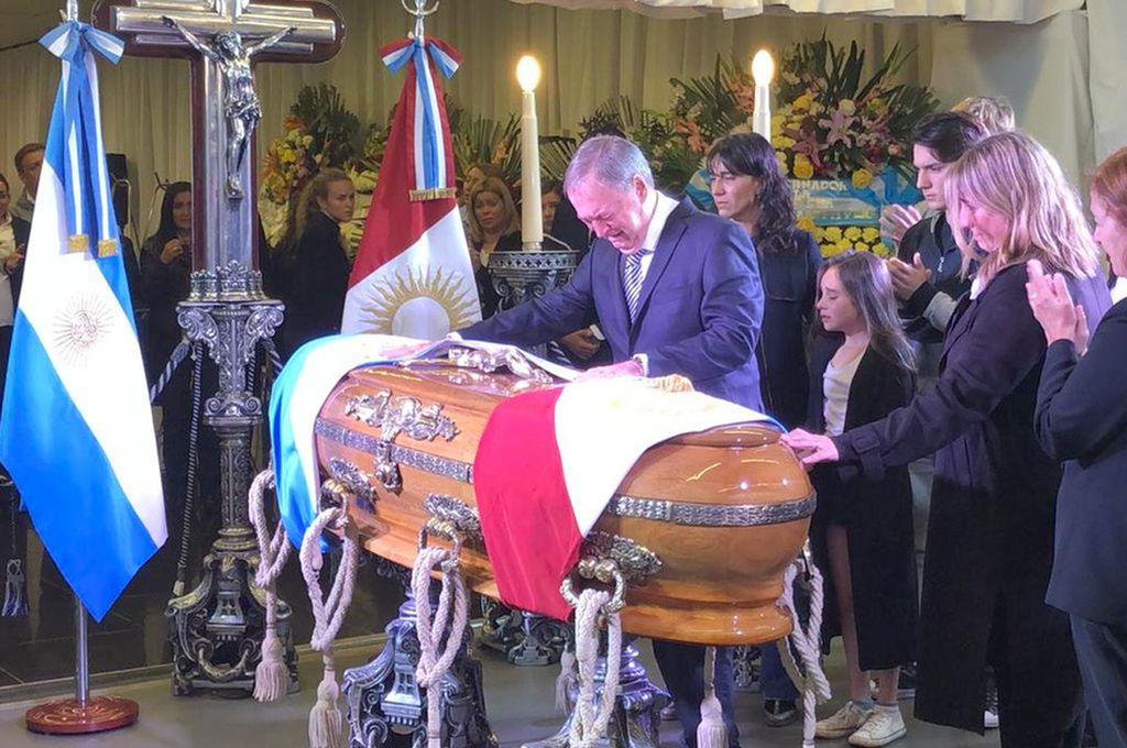 Sus restos son velados en el Centro Cívico del Bicentenario de Córdoba. El sepelio será mañana al mediodía Crédito: Internet