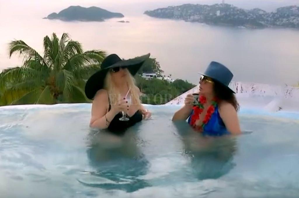 Susana Giménez visitó a su amiga Verónica Castro en su impresionante casa en Acapulco y hablaron como si nadie las estuviese escuchando. Crédito: Captura de pantalla.
