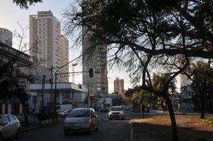 Martes húmedo y con sol en la ciudad -  -