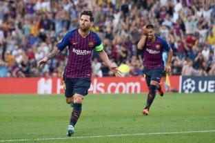 Tres goles de Messi para la goleada del Barcelona en el debut de la Champions League -  -