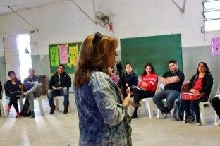 """Silvina Frana: """"Estamos trabajando para prevenir las adicciones en Santa Fe"""" -  -"""