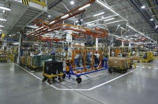 En 2018 en Santa Fe cerraron 240 fábricas y hay 200 empresas en proceso preventivo de crisis - General Motos de Alvear eliminó un turno de trabajo y hace rotar a los operarios. -