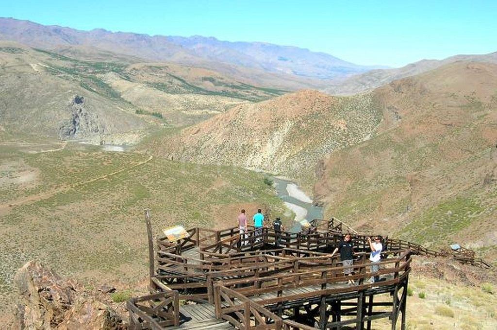Mirador La Puntilla, ubicado a 5 km del municipio de Las Ovejas, en Neuquén. Crédito: Captura digital