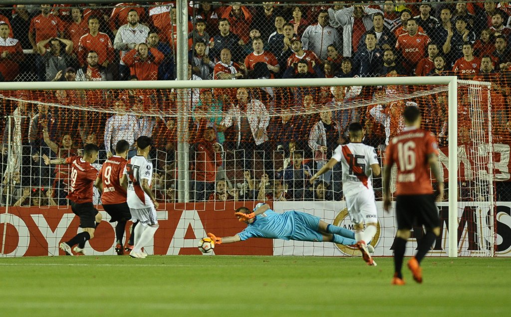 Con Armani como figura, Independiente y River igualaron 0 a 0