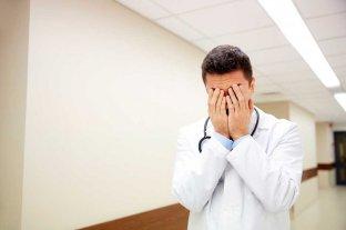 Alzheimer: cómo convivir con un enfermo y que su cuidador no padezca de burn-out - Imagen ilustrativa -