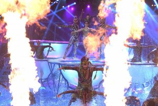 Showmatch: empezó el Aquadance y se fueron dos parejas -