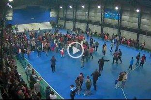 Video: una final de futsal femenino terminó en escándalo
