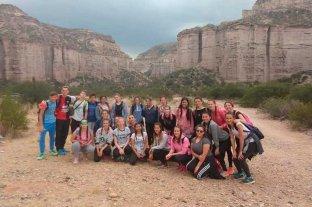 """Estudiantes santafesinos y un viaje """"que les cambia la vida"""" - Los alumnos compartieron diversas actividades con la comunidad riojana -"""