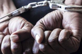 Falsos policías lo esposaron y le robaron $ 4,5 millones