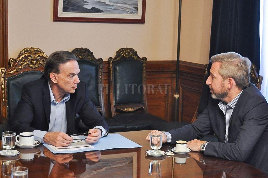 Frigerio visitó a Pichetto en medio de la negociación por el presupuesto