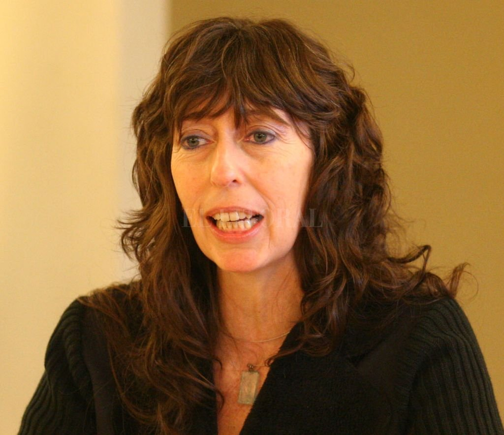 Claudia Kozak dictará un seminario sobre Tecnopoéticas