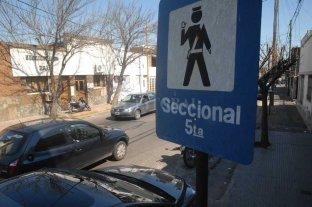 Robos a domicilios: atacaron de nuevo en Sargento Cabral - Por jurisdicción, trabajó personal policial de la Seccional 5ta