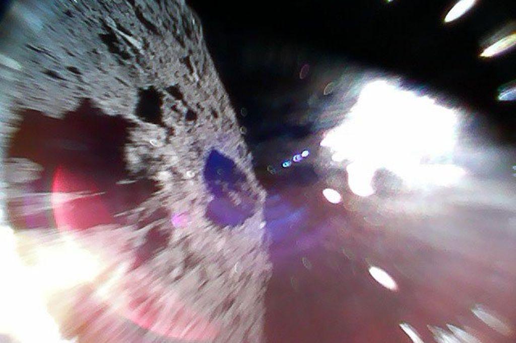 La impresionante imagen fue enviada por la Agencia Espacial de Japón (Jaxa). <strong>Foto:</strong> HAYABUSA2@JAXA