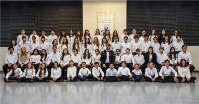 Concierto Didáctico de la Orquesta de Niños - Las Orquestas de Niños y Juvenil realizan una intensa labor de extensión cultural de modo que la tarea de los alumnos, así como de los docentes de la Escuela, adquiera trascendencia. -