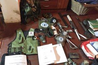 """Desbaratan un grupo paramilitar que reivindicaba al coronel """"carapintada"""" Seineldín -"""