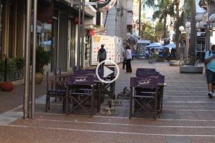 A pesar del paro, la mayoría de los comercios de la peatonal abrió sus puertas -