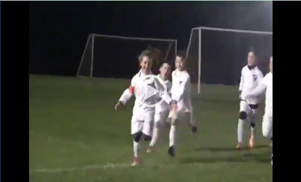 Goleadora y capitana: La niña que juega para un equipo de varones de Nacional de Uruguay