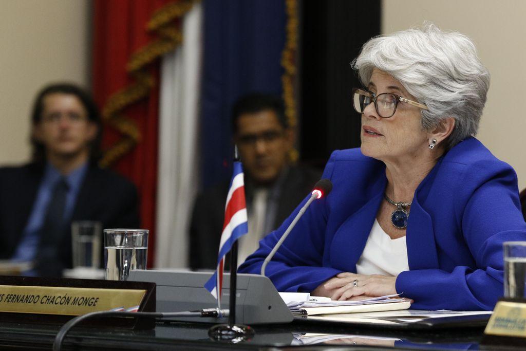 Costa Rica: el gobierno anunció una millonaria emisión de letras de Tesoro