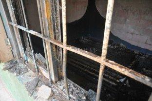Falleció otro de los niños del incendio en Santo Tomé - Triste noticia tras el incendio del domingo.  -