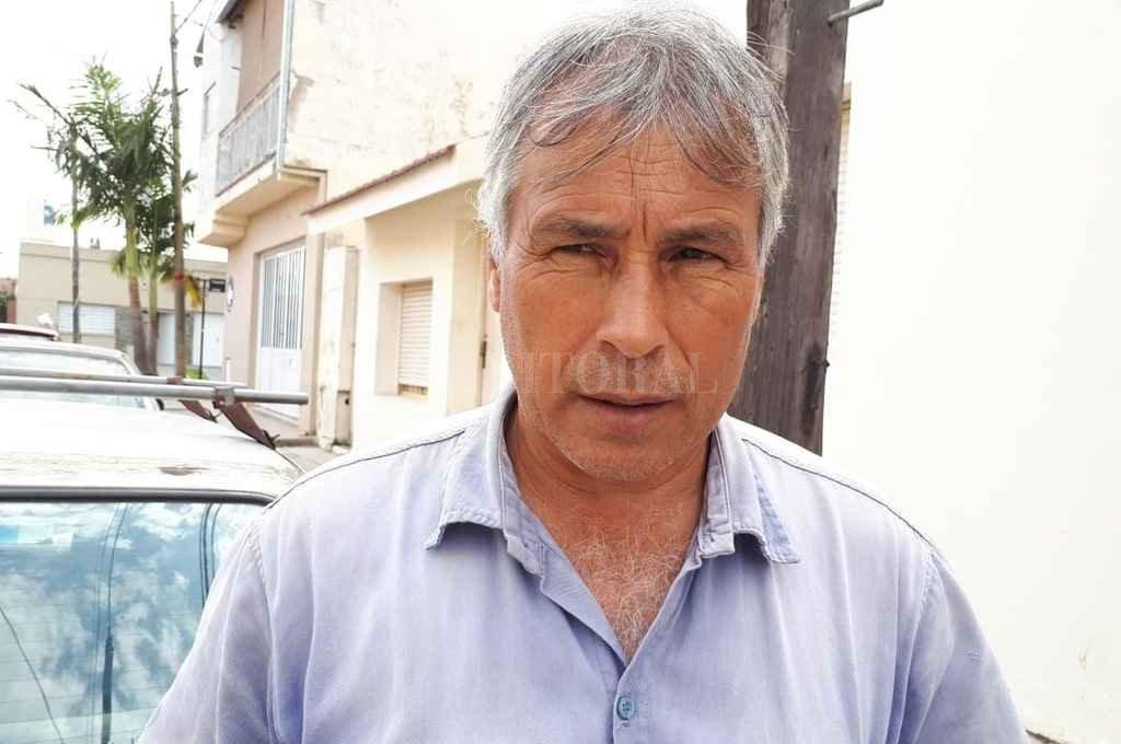 """""""Estoy cansado de golpear puertas y que nadie me atienda. Pese a todo voy a seguir insistiendo"""", dice Pedro López Crédito: Danilo Chiapello"""