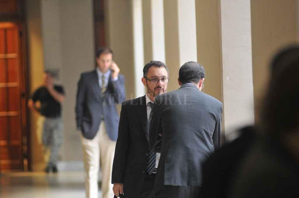 El jueves comenzarán los alegatos finales de las partes y el primero en dirigirse al tribunal será el fiscal Omar de Pedro. <strong>Foto:</strong> Archivo El Litoral / Flavio Raina