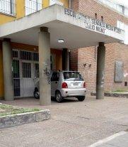 Una señora de El Pozo quiere mandar a su auto a la escuela