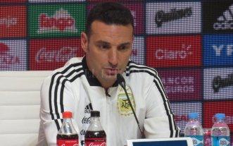 """Scaloni habló con otros """"históricos"""" de la selección"""