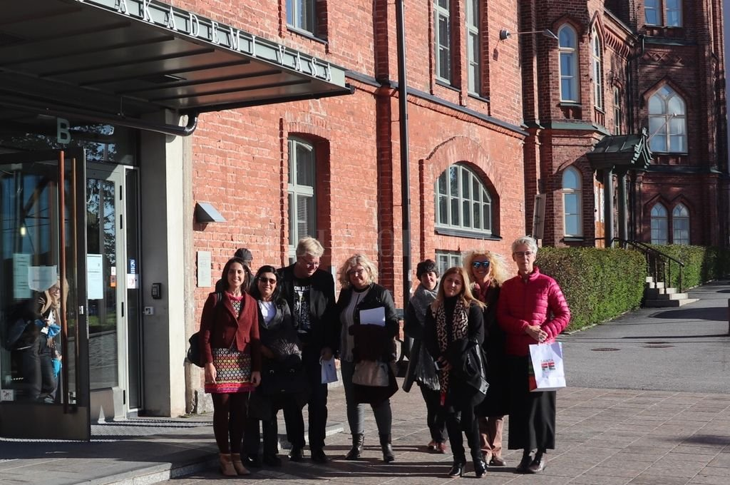 La comisión santafesina en Finlandia, donde se recorrieron las universidades más importantes para intercambiar experiencias. Crédito: Gentileza Ministerio de Educación