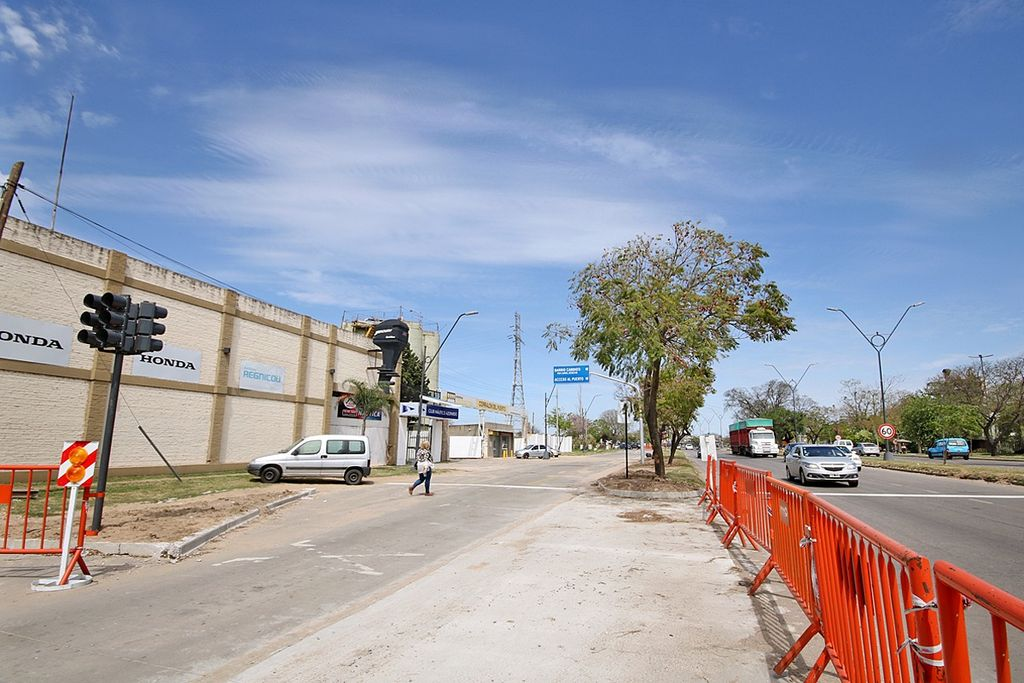 Este cambio también permitirá la unión de la futura ciclovía de Alem con la existente en Vélez Sarsfield. <strong>Foto:</strong> Gentileza Municipalidad