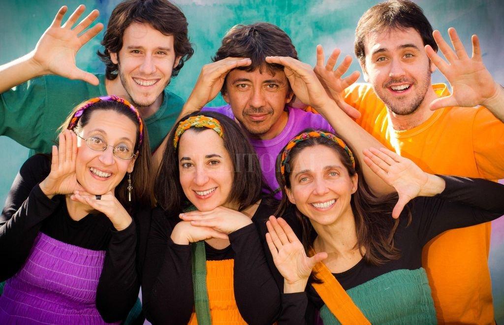 Con casi 10 años de trayectoria, Canticuénticos ha recorrido gran parte de la Argentina y América Latina con más de 700 conciertos con una propuesta original alejada de los estereotipos. Crédito: Gentileza producción