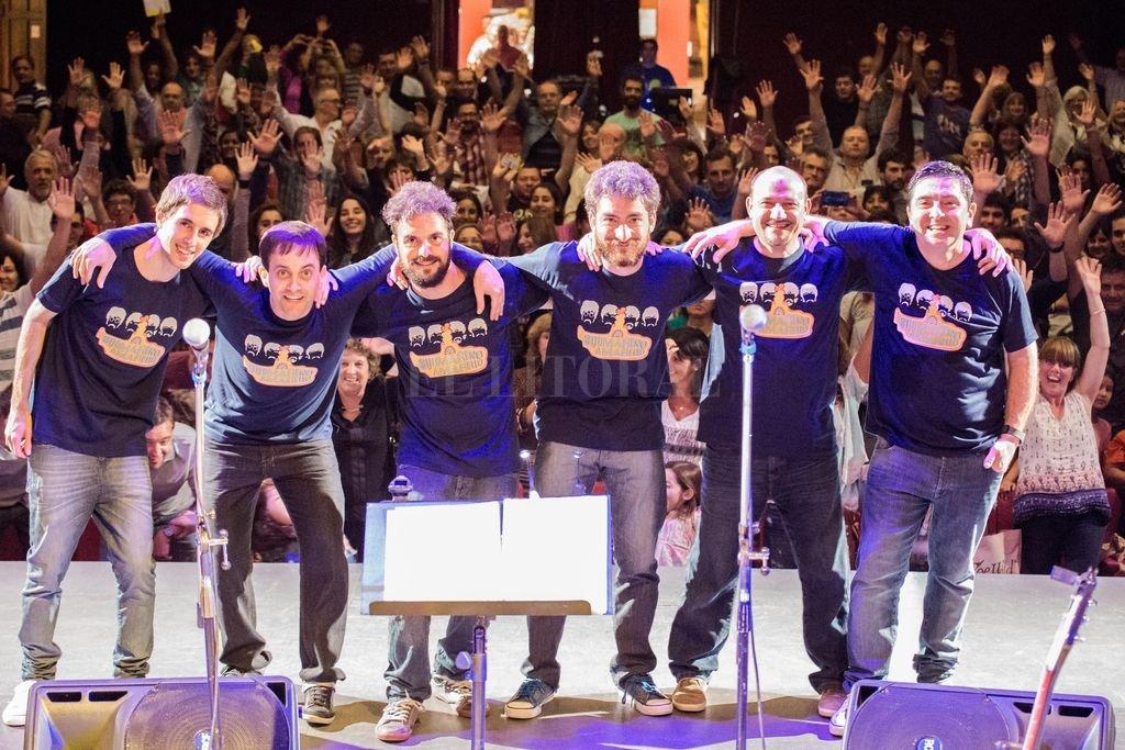 Músicos de Santa Fe y Esperanza integran Submarino Amarillo Beat Band, una banda tributo a Los Beatles que nació en 2013. Gentileza producción