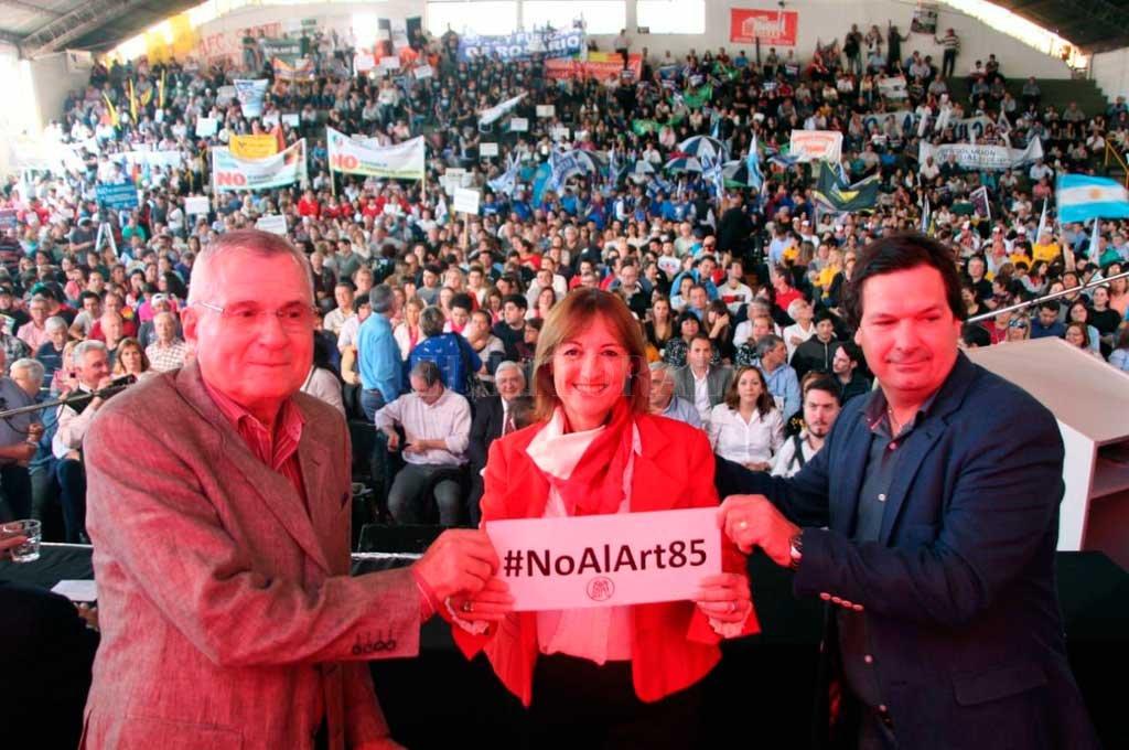 """Ciciliani. La ministra viajó a Córdoba y en declaraciones posteriores al acto afirmó que """"la solidaridad en Santa Fe no se negocia"""". Crédito: Gentileza Gobierno de Santa Fe"""