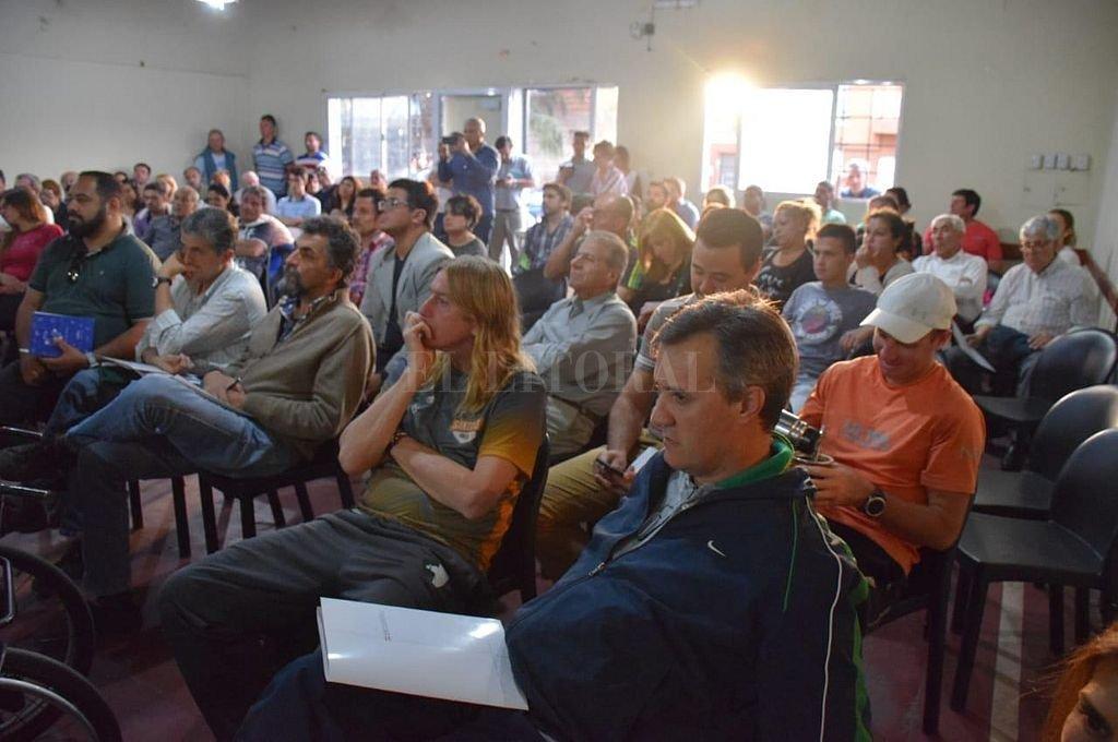 """""""Encuentro"""": Capacitaciones a clubes de Santa Fe"""