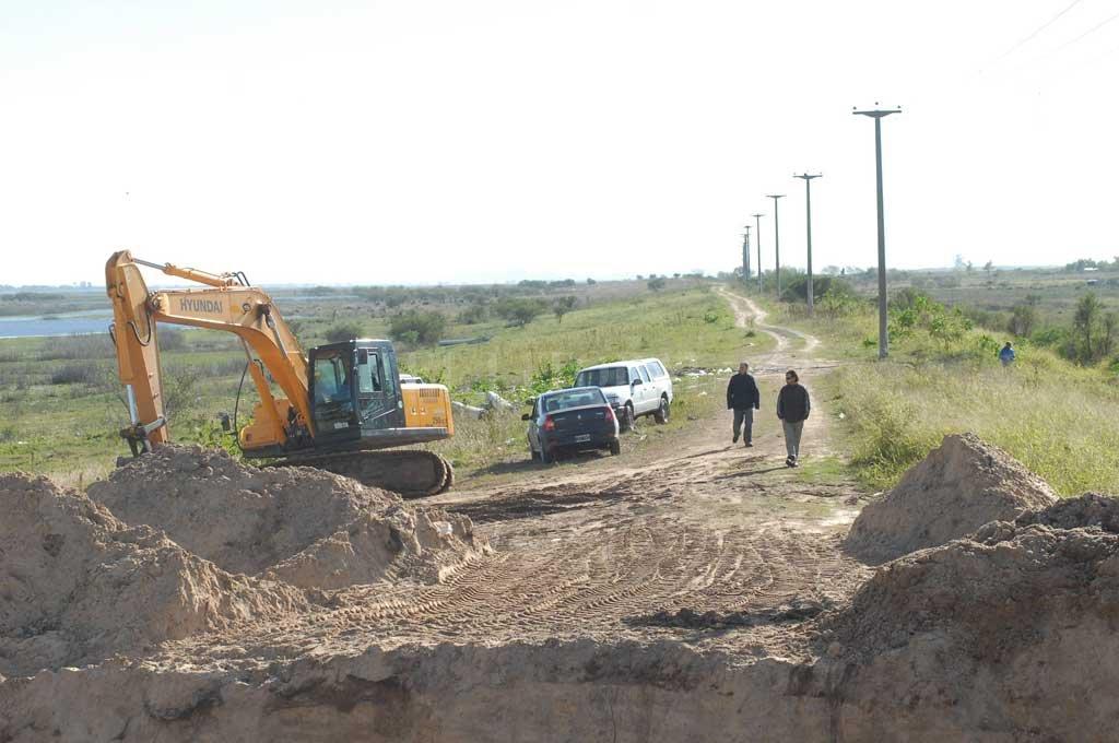 Concurso para proyectar la defensa  de Arroyo Leyes y Rincón Norte