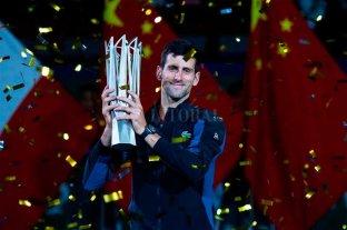Djokovic superó a Federer y se queda muy cerca de Nadal