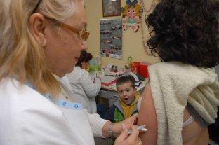 La historia detrás del retorno de  una vieja enfermedad: el sarampión - En octubre comenzó una campaña en la Argentina para reforzar la inmunización contra la enfermedad entre los chicos que tienen 1 y 5 años. Se estima que en Santa Fe se vacunarán unos 200.000 niños.